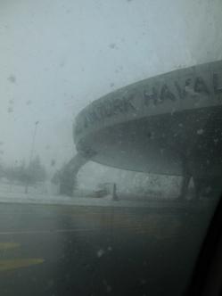 Flughafen Atatürk im Schnee