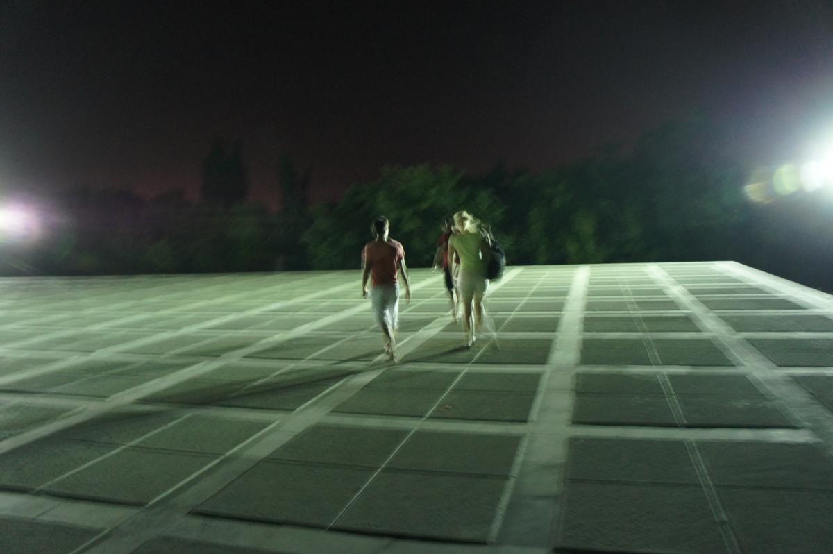 Nachts ohne Plan durch Jerewan