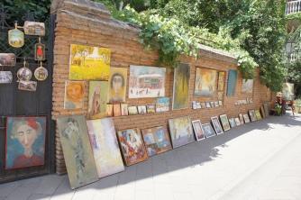 Eine Stadt voller Gemälde