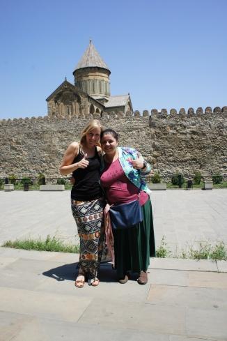 Mit unserer ganz persönlichen Stadtführerin Tamari in Mskheta